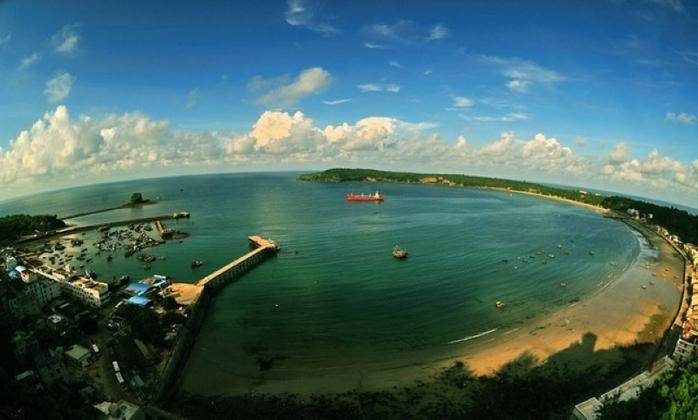 醉美涠洲岛 情迷火山岩 广西北海银滩