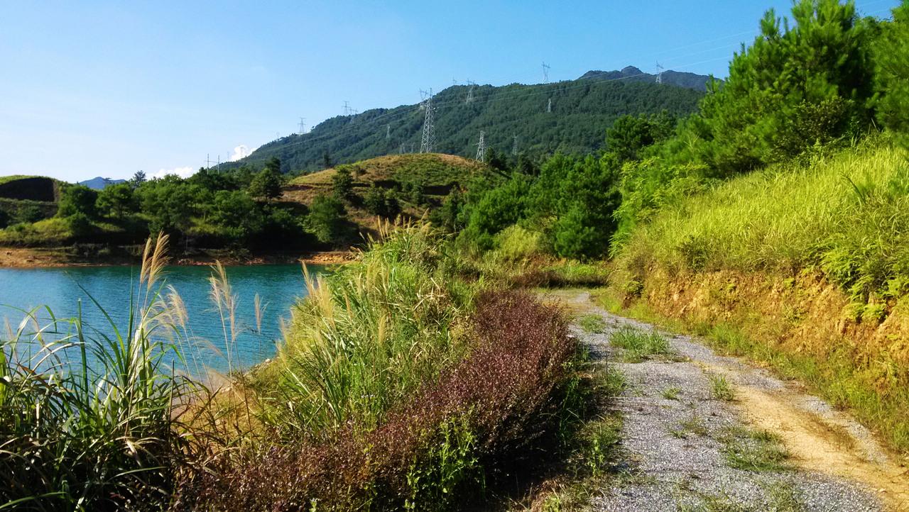 """周末乳源""""千岛湖""""徒步摄影,广东最美大峡谷探险."""